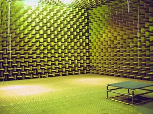 Anechoic_chamber_DTU s