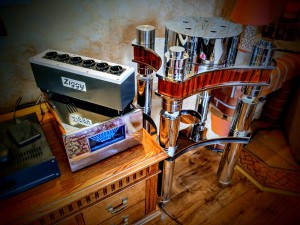 Ziggy Splitter and Turntable